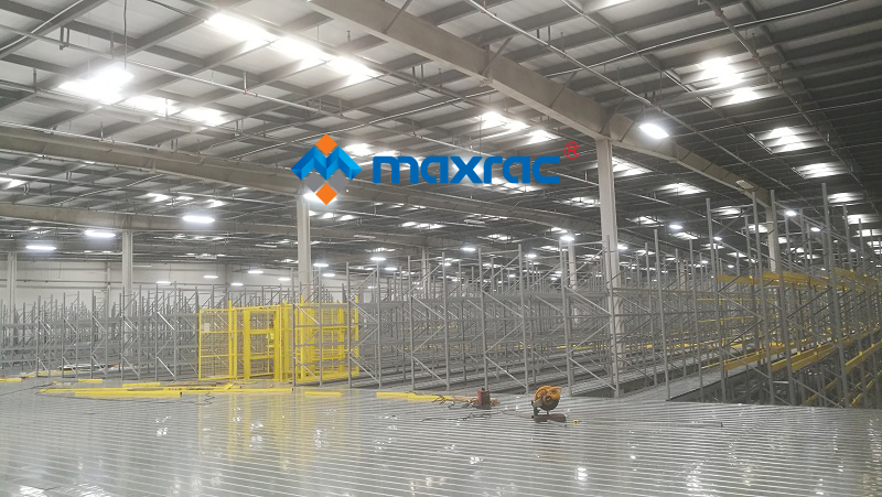 Steel Mezzanine Platform for Leading E-commerce Service Provider